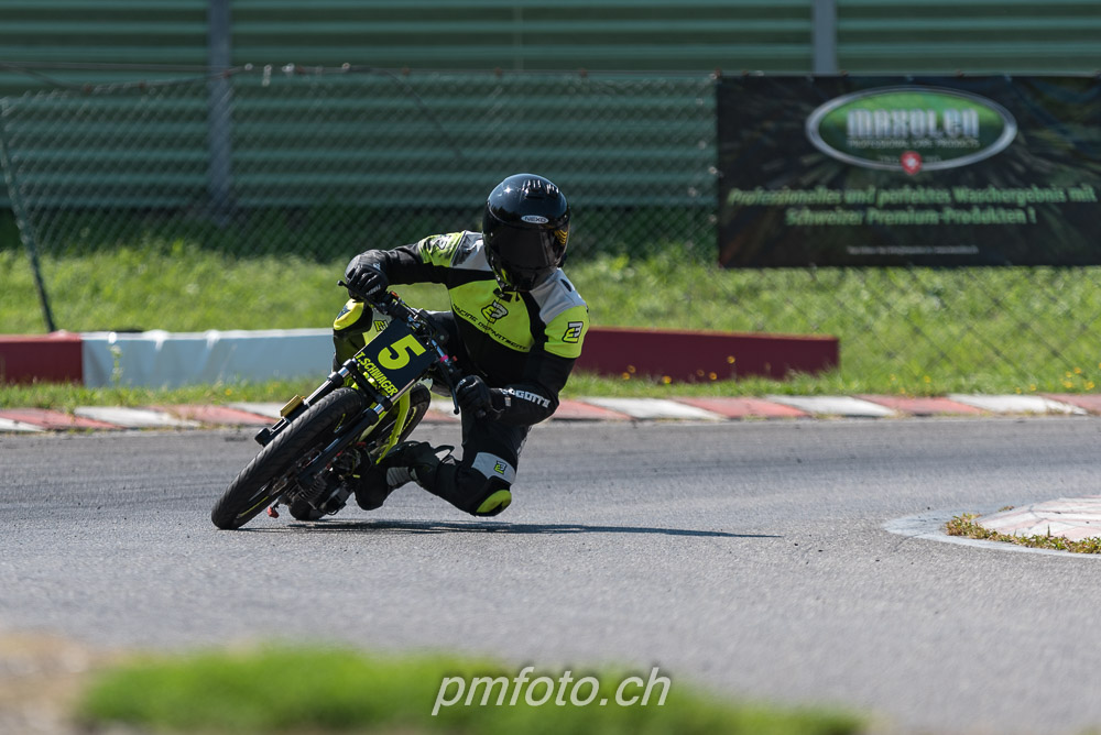 PM5_4170