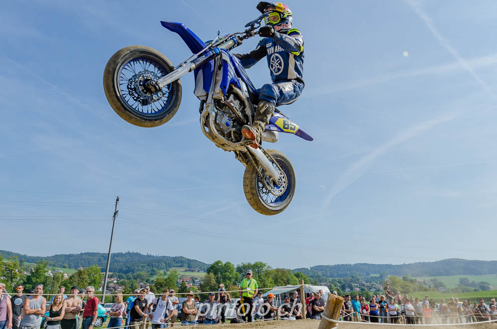 Supermoto in Gontenschwil