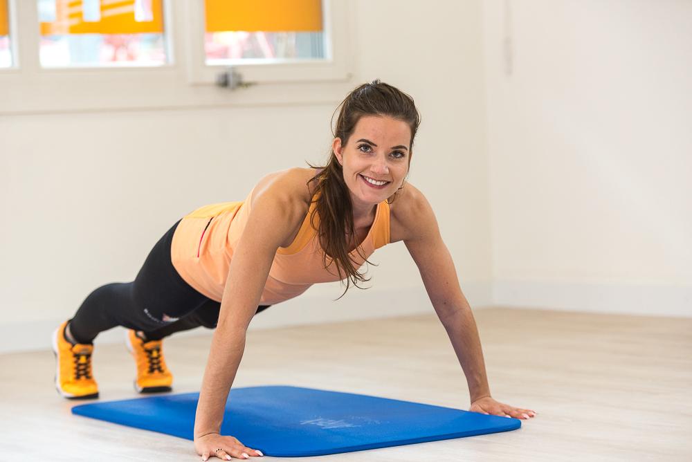 Fitnesstraining am Boden